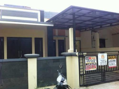 Rumah Dijual Di Villa Nusa Indah, 500 Juta an Rumah Terawat, Rapi - Siap Huni