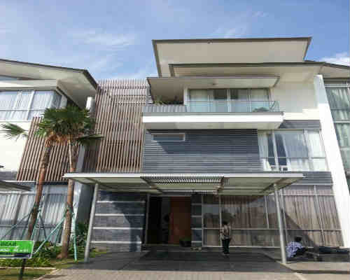 Dijual Rumah Di Muara Karang, 3 Miliar an Rumah Siap Huni - Berada Di Pusat Kota