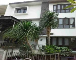 rumah dijual di Pejompongan