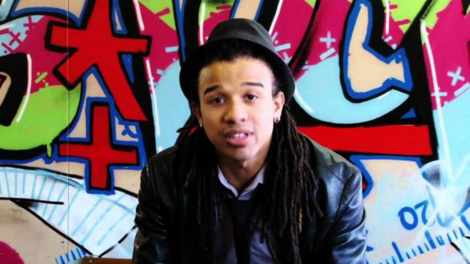 Guru Ini Berikan Pelajaran Matematika Melalui Hip-Hop